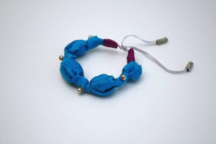 Bracelet en soie brute