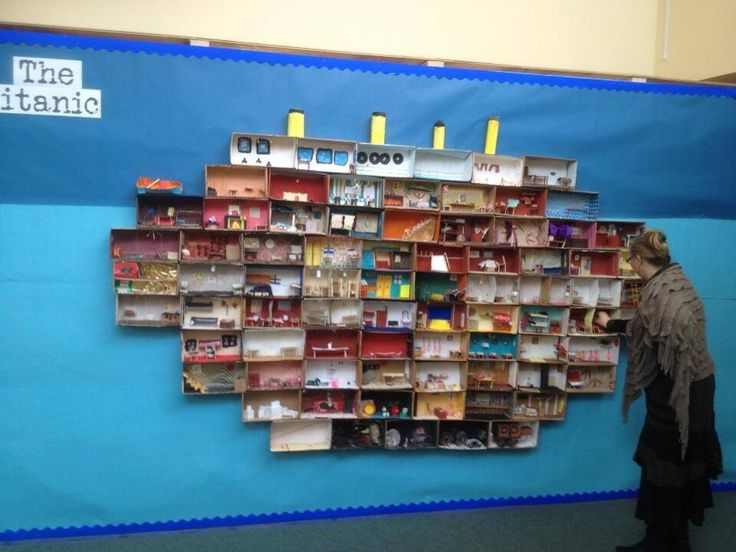 Titanic rooms made from shoe boxes and situated according to ship's plans - looks awesome!  If anyone know who to credit.....?