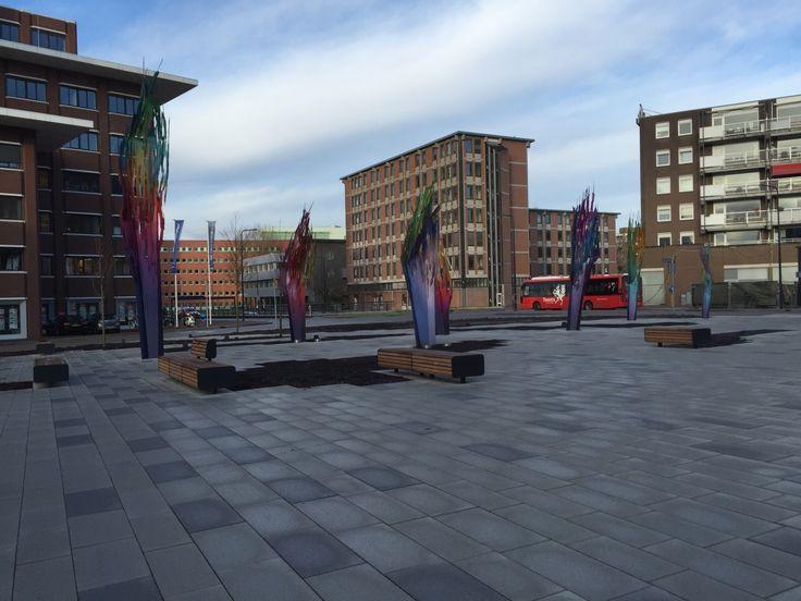 Straatmeubilair op maat gemaakt naar wens van de Gemeente Enschede; Koningsplein Enschede.