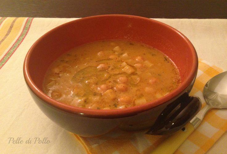 Minestra di pasta e ceci nutriente e gustosa, in una versione semplicissima e veloce, perfetta per le serate invernali, anche come piatto unico.