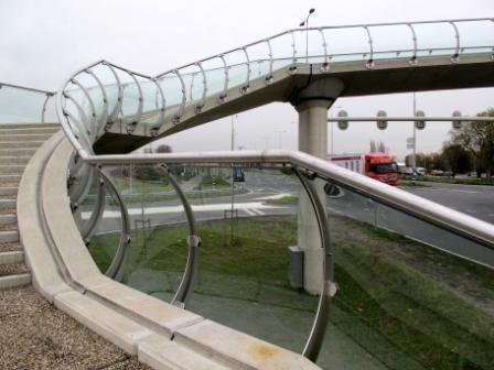 FINIGLAS Veredelungs GmbH - Project - pedestrian bridge