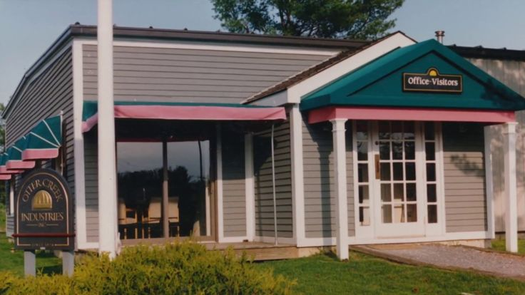 Otter Creek Awnings   Still Rolling after 40 years