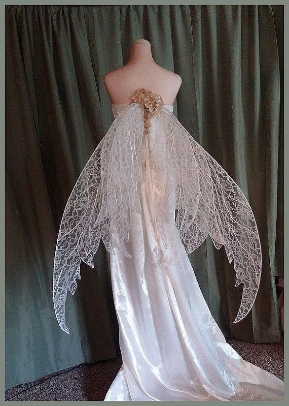 Fee Hochzeit Flügel