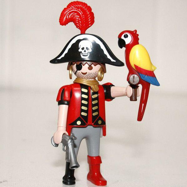 Playmobil pirate avec perroquet