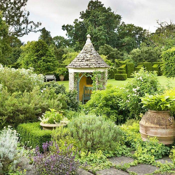 Highgrove Gardens, UK