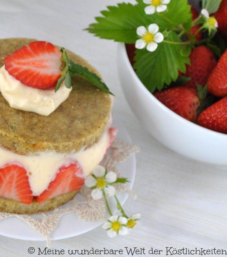 Glutenfreier Fraisier mit Mascarponecreme und Rhabarber - Meine wunderbare Welt der Köstlichkeiten