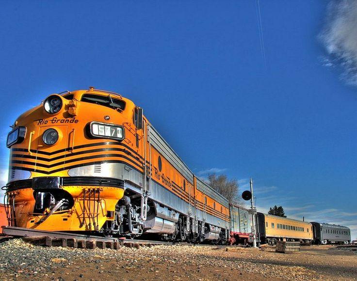 Denver Rio Grande Western F9 A B Unit Diesel Electric
