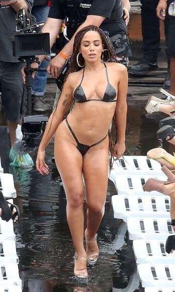 Anitta Bikini Nude Photos 66