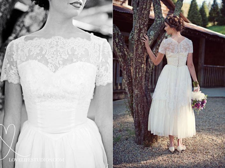 http://lovelifestudios.com/assets/vintage-wedding-dress-inspiration-0091.jpg