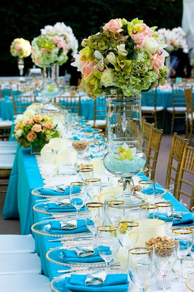 Contemporary Wedding Reception Ideas - MODwedding AQUA tablecloths http://www.modwedding.com/2014/05/21/classic-meets-contemporary-wedding-reception-ideas/#!prettyPhoto[1]/http://www.modwedding.com/wp-content/uploads/2014/05/wedding-reception-ideas-28-05212014nz.jpg