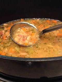 Slow Cooker Bean & Bacon Soup Recipe