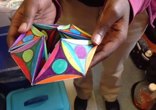 How to Make a Kaleidocycle - Snapguide