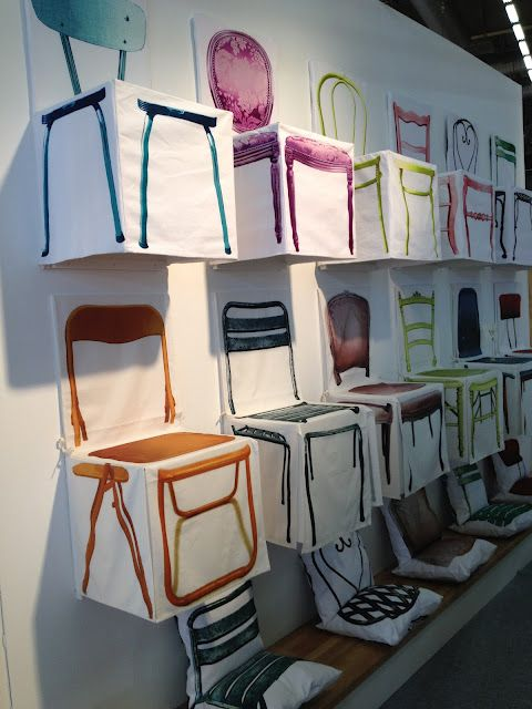 Lovely (fake) chairs-chair cover/chair cushions