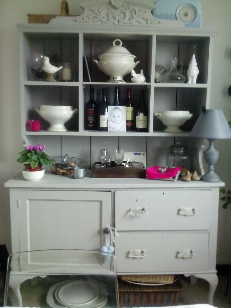 Broc Chic - My painted Dresser