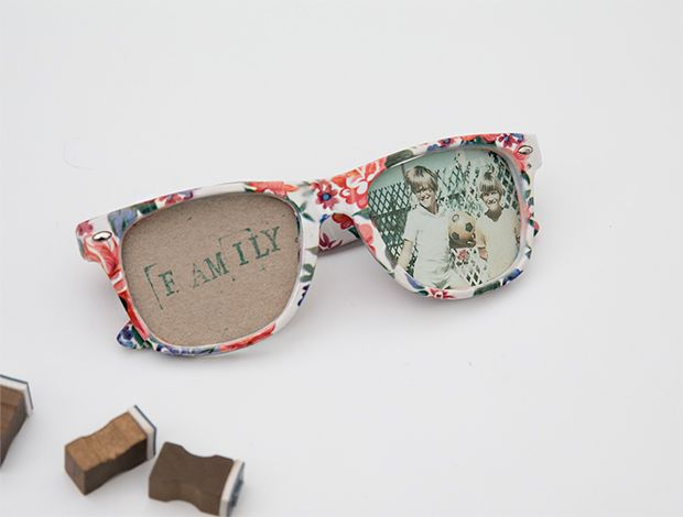 Not many folks can pull off sunglasses indoors but we think your photos have what it takes, with DIY Sunglasses Photo Frames! Upcycle your old shades to create a totally stylin photo frame just in time for summer. Any frames will do – in fact, the kookier the better. Ready for some fun in the sun(glasses)? Come bright this way!