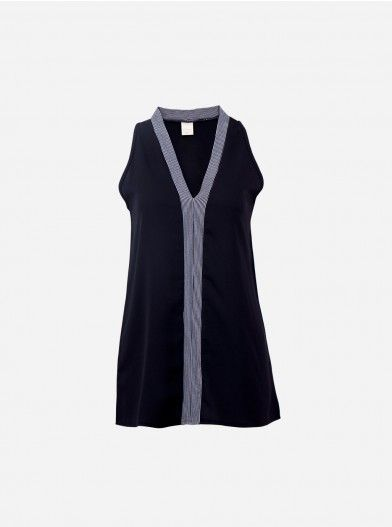 A sexy top with a nice v-neck style adorned with striped pattern along the neck and down. The design has a sophisticated look that creates a modesty in looking stylish.