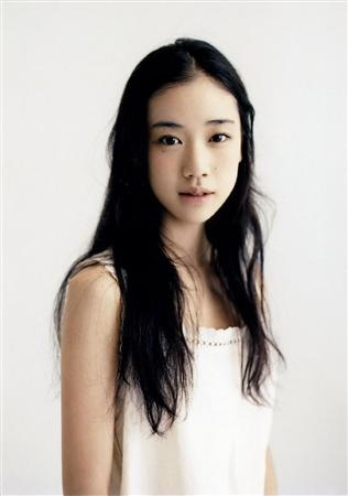Yu Aoi  i love the simplicity of this girl, great actress