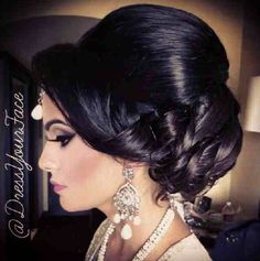 hair style for dress best 25 indian wedding hair ideas on indian 5971 | a57b5971eb1d20b0affadde41acb7af5 indian wedding hairstyles bridal makeup