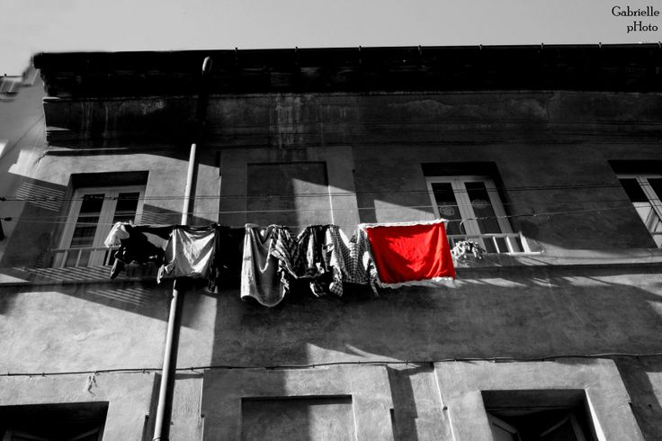 Roma streets red style