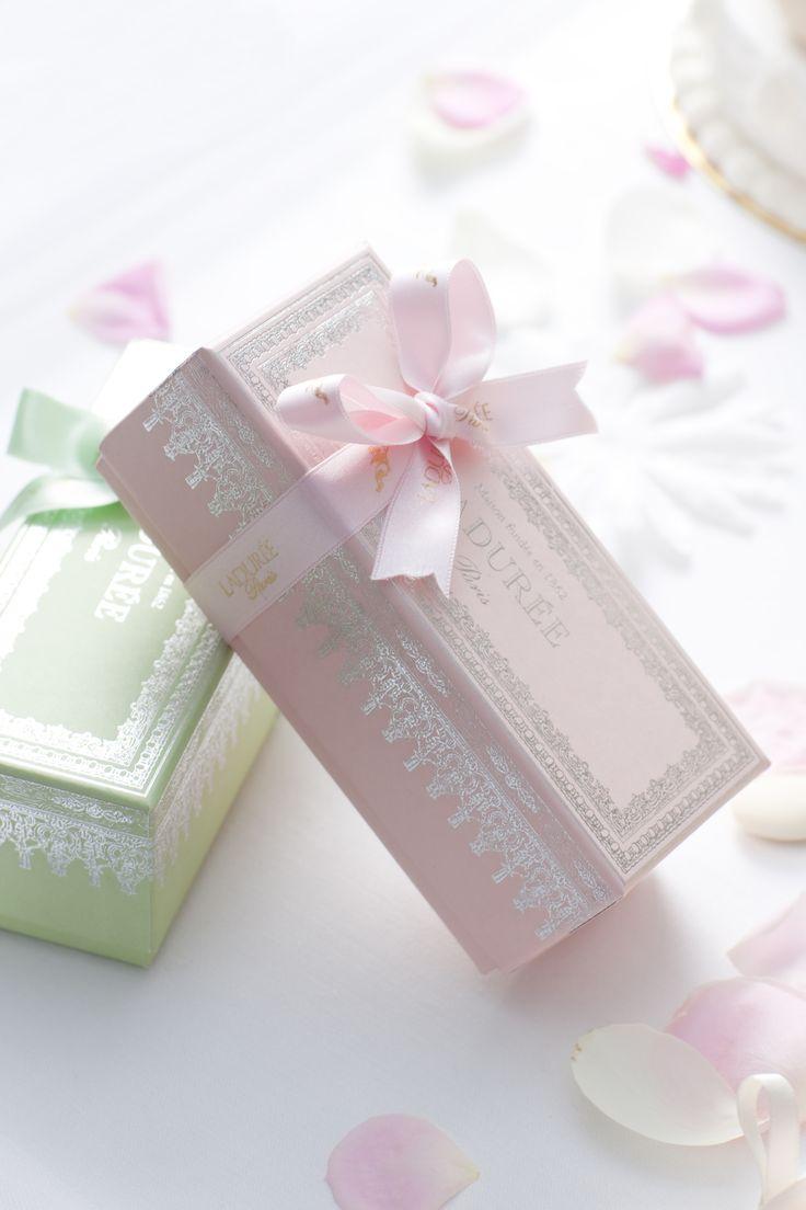 71 best Macarons packaging images on Pinterest | Macarons, Macaroon ...