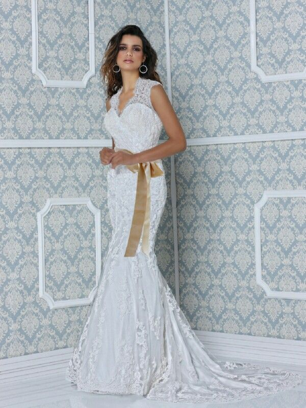 Awesome Recycled Wedding Gowns Festooning - Wedding Dresses and ...