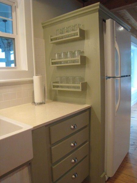22 fa ons d 39 utiliser une tag re pices comme rangement dans toute votre maison solutions de. Black Bedroom Furniture Sets. Home Design Ideas