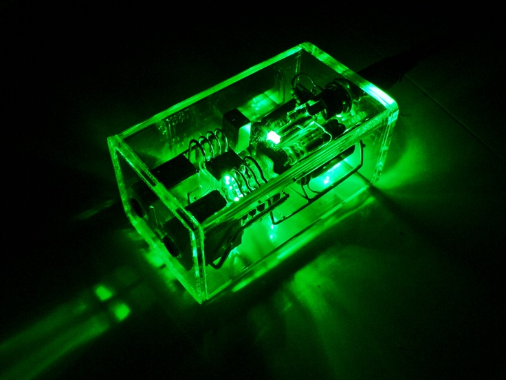 Crystal amp headphone Amplifier in Emerald green.