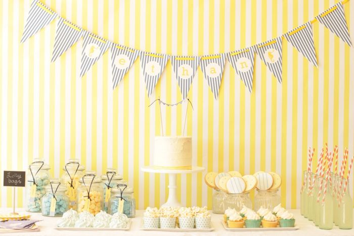 Blue and yellow party: Party'S, Sweet Tables, Baby Shower Ideas, Birthday Parties, Parties Ideas, Pools Parties, Desert Tables, Yellow Desserts, Desserts Tables