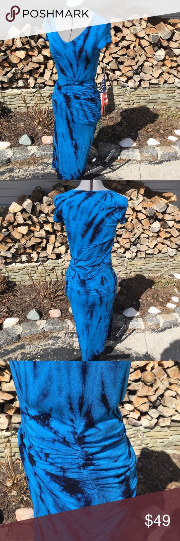Stunning New Blue Dress Young Fabulous and Broke tight maxi dress. Stretchy, brand new, ruching on the sides. Look awesome while comfy! Young Fabulous & Broke Dresses Maxi