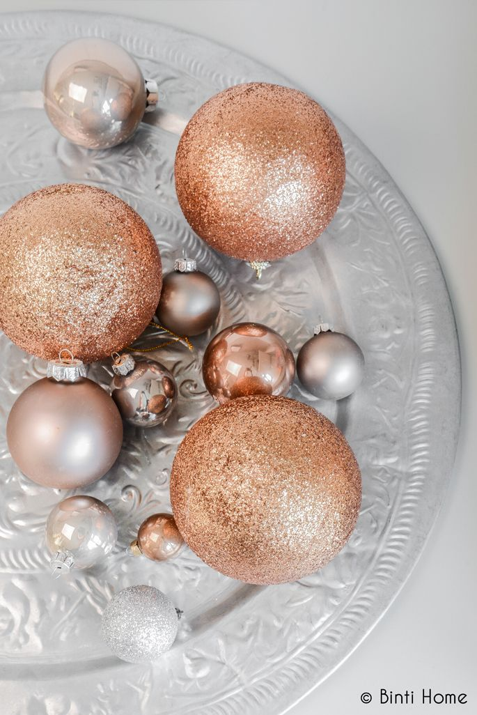 Christmas Ornaments Decor Ideas. Cleo-Inspire BLOG.  - copper baubles