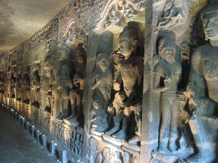 Detalle interior de una de las cuevas de Ellora, Patrimonio de la Unesco