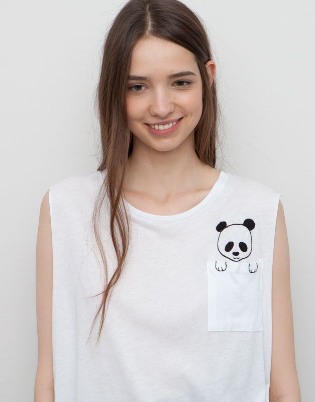 :PRINTED T-SHIRT WITH POCKET