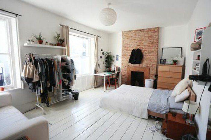plan studio 20m2,murs en briques décoratifs, sol en planchers blancs en bois, mur en briques rouges