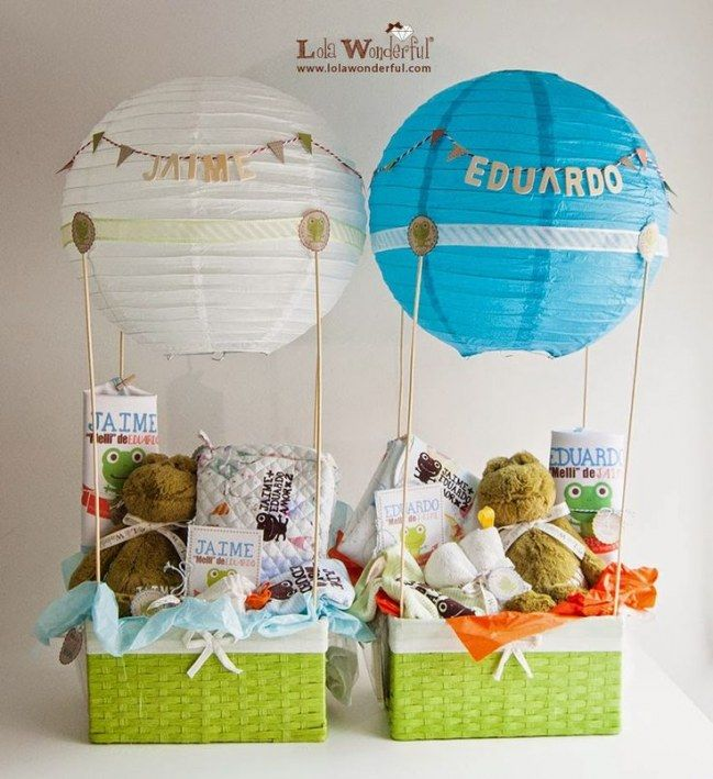 #Regalos originales para #bebes - Cesta con juguetes  #bautizo #gifts #baby shower #party