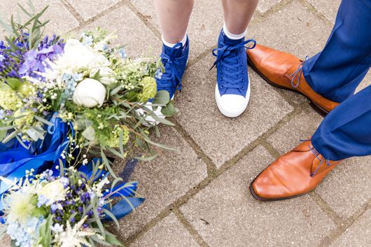Haikje's home. A blog about decorating, design & lifestyle #bruiloft #wedding #blue #AllStars #florisvanbommel #men #groom #weddingshoes #weddinginspiration #bruiloftinspiratie