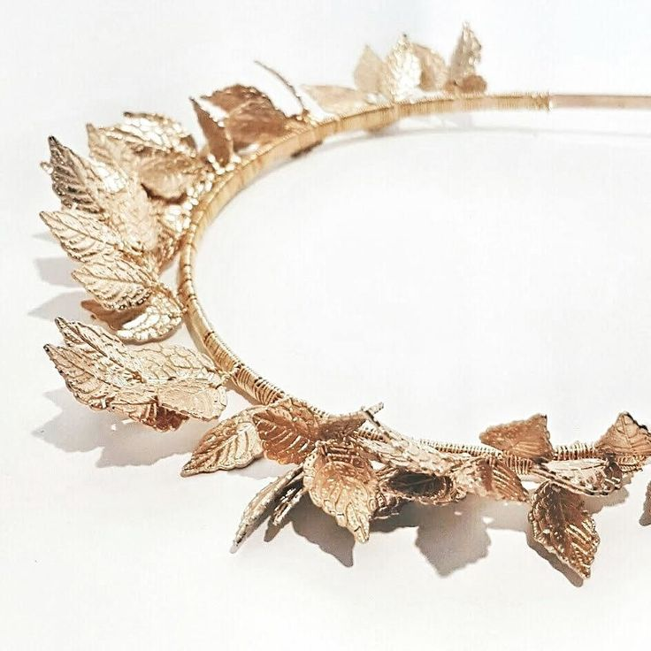 Win 'best dressed' at Christmas parties this year with our CLEMENTINE headband Light delicate and easy to wear . Xx Elodie  www.elodielamarc.com | link in bio @elodielamarc
