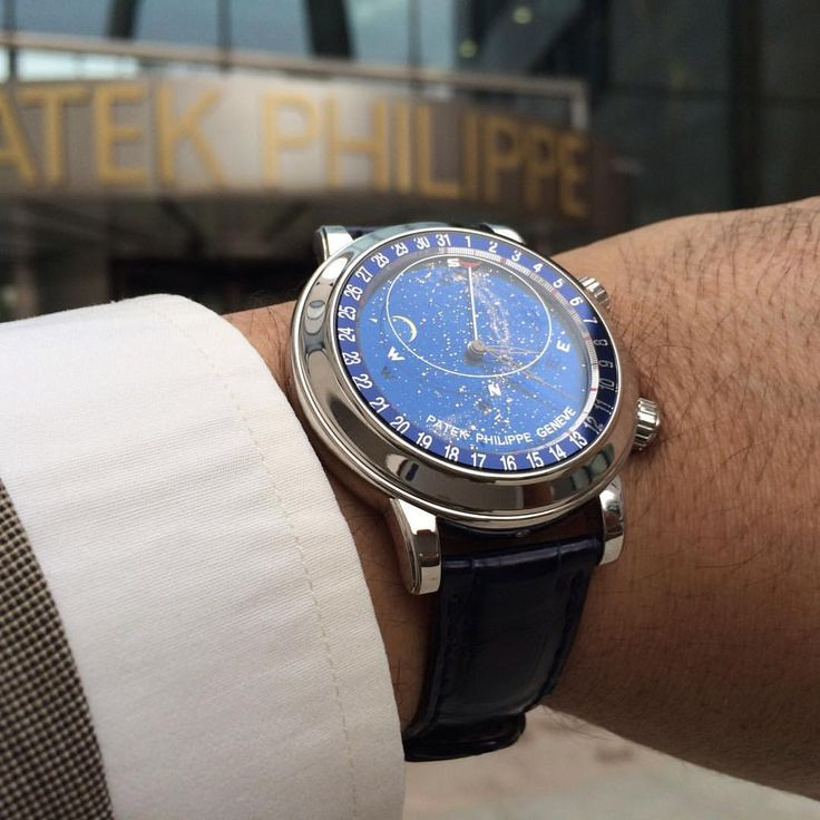 PatekCollector sur Instagram : Celestial at the entrance of PP Geneva Manufactures. Share your beautiful pictures with #patekcollector