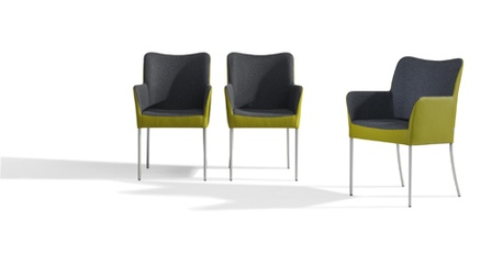 Bert Plantagie eetkamerstoelen  Dou en Tango    Met de eetkamerstoelen Duo en Tango speelt bert plantagie in op de huidige trend om in één stoel stof en leder te combineren. Ontwerper Stefan Steenkist kiest het liefst voor een buitenzijde in leer en de binnenkant in stof. Mooi in ton-sur-ton, maar wie écht kleur wil kiest natuurlijk voor een gedurfd contrast.    Meer info: http://www.wonenwonen.nl/meubelen/bert-plantagie-eetkamerstoelen/2886