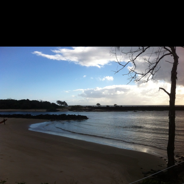 Torakina Beach Brunswick Heads 7.30am 12 April 2012