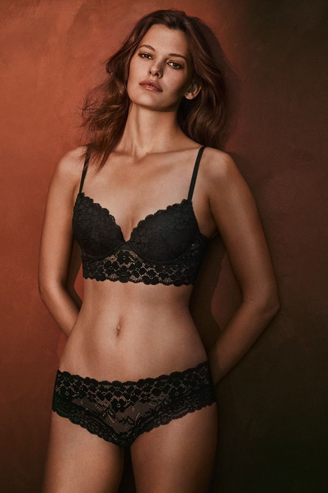 Great Valentine's Day ideas for her, including lace corsets, push-up bras, sheer tops, luscious briefs and bodysuits.   H&M Lingerie