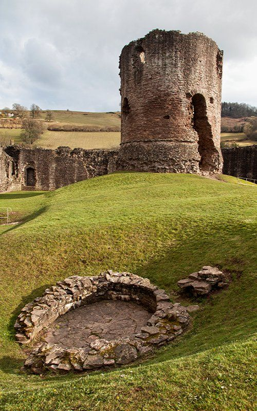 Skenfrith Castle (Welsh: Ynysgynwraidd) is a medieval castle located in Monmouthshire, Wales