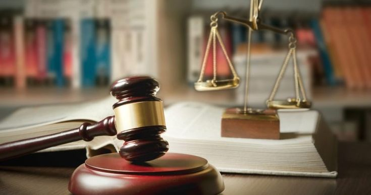 Crypto Exchange Coinbase Gets Sued for Insider Trading in Bitcoin Cash