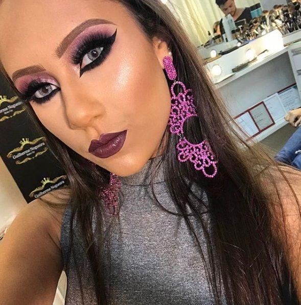 Sexy makeup tease — pic 10
