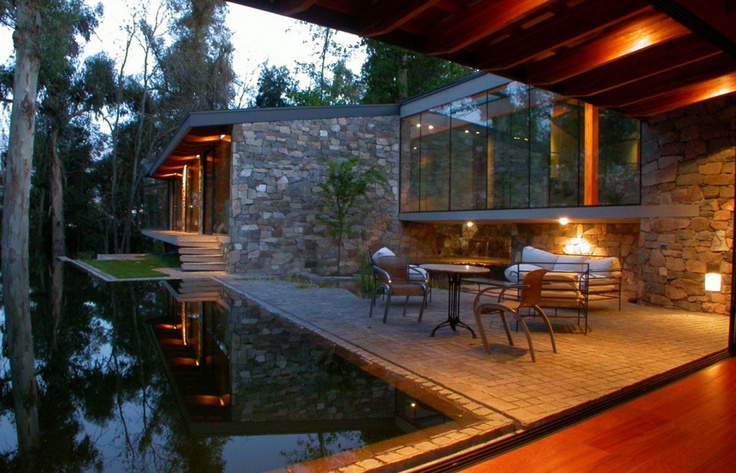 Alcoholic Architect: above water, Chile
