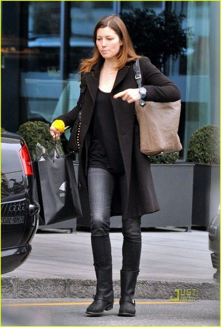 simple jeans, black t, black coat