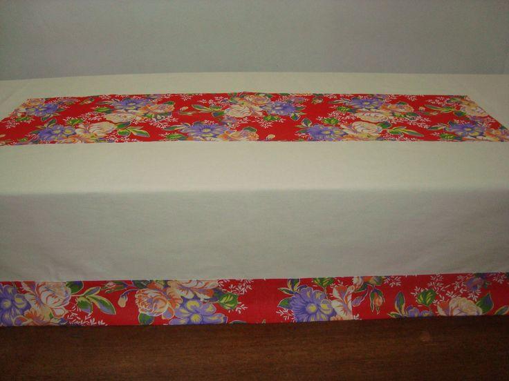 Toalha de mesa com Chita.