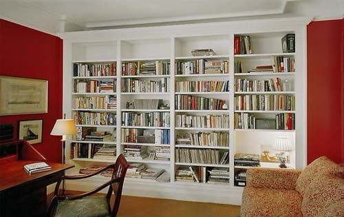 Built-in bookcases not only can add storage to a room without taking up valuable floor space, but they really can make a small house feel so much bigger!
