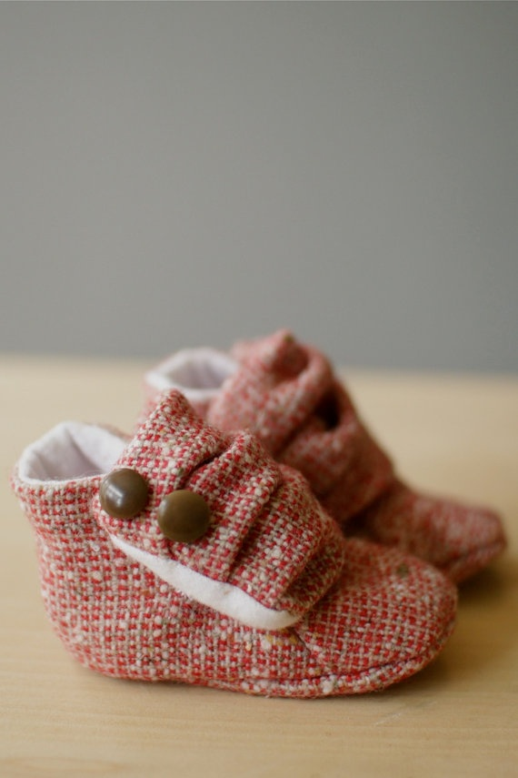 Baby Girl red Sneakers Booties Shoes 03 months by OtterburnPQ, $16.00