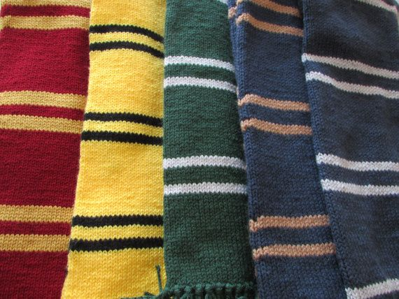 Harry Potter Scarf Knitting Pattern Slytherin : 1000+ images about HARRY POTTER on Pinterest Golden ...