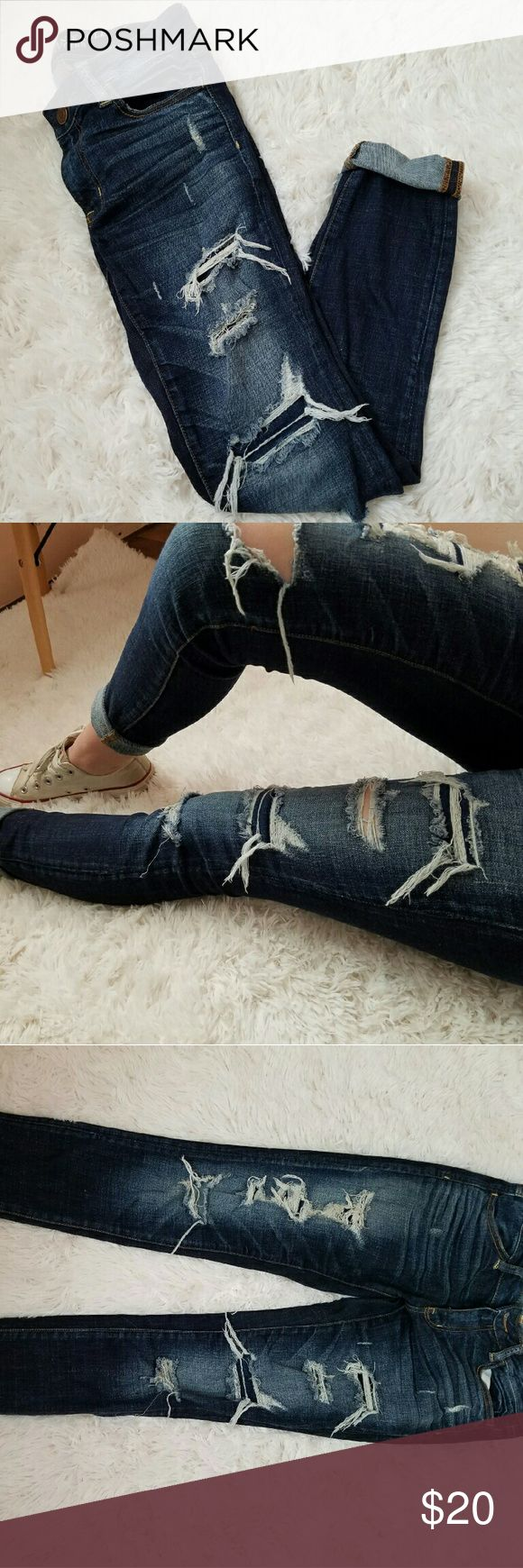 American Eagle jeans Dark denim, ripped, jeggings. Regular length. American Eagle Outfitters Jeans Skinny